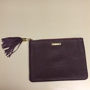 NWOT Auth GIGI New York All in one bag in mulberry